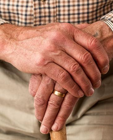 Mejores condiciones para los cuidadores de enfermos de Alzheimer