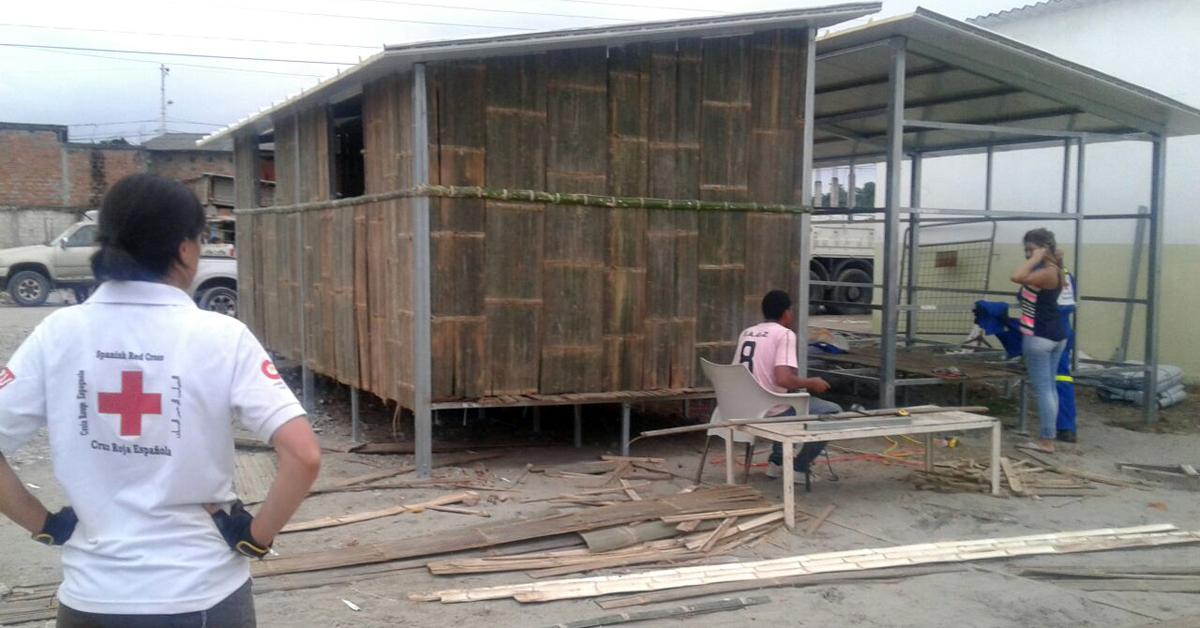 casas modulares de Cruz Roja en Ecuador