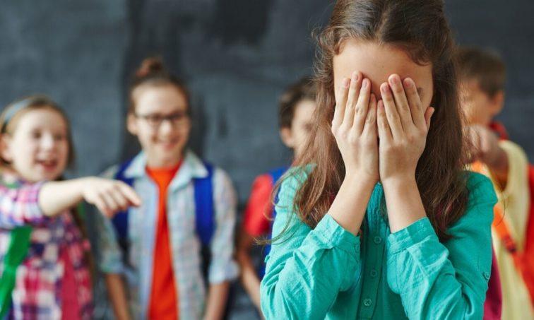 Más educación en redes sociales para evitar el cyberbullying (istock)
