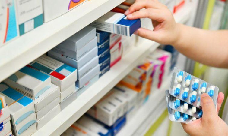 Firma para que las farmacéuticas dejen de poner trabas al progreso (Istock)