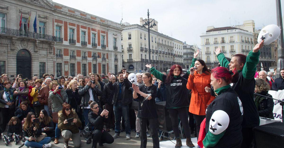 manifestacion-mujeres-sol