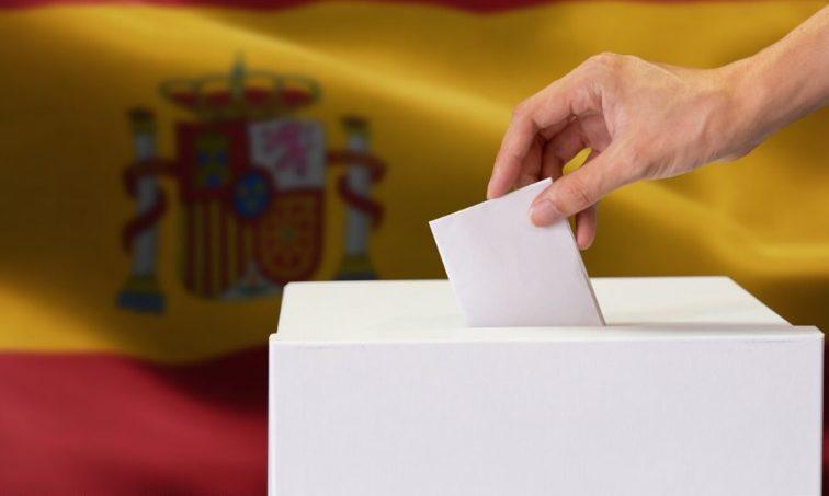 ¡Basta ya! Por una política digna en España (istock)