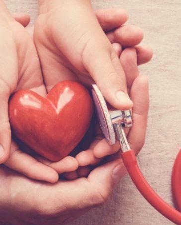 Firma para que la donación de órganos sea obligatoria