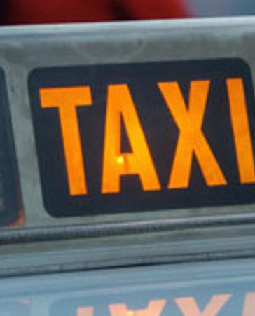 Firma a favor de los taxistas. ¡No dejes que nos quiten el trabajo!