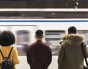 Firma para que el Metro de Madrid abra toda la noche los fines de semana