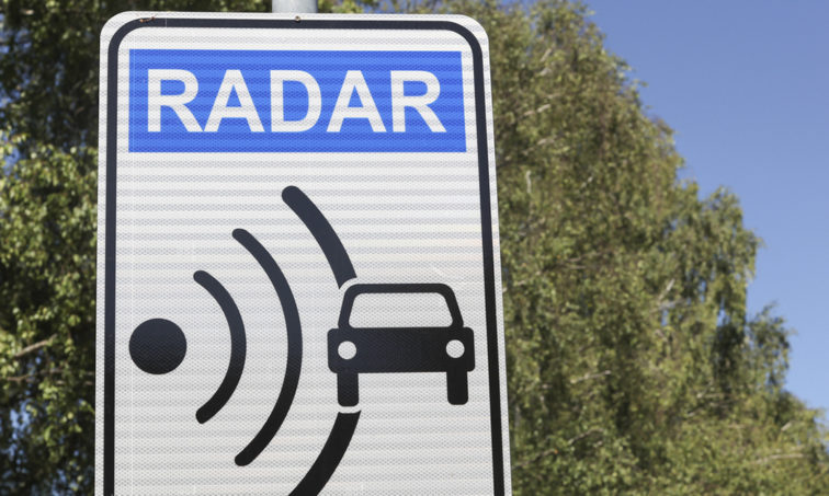 ¿Radares para una mayor seguridad o recaudatorios? (Istock).