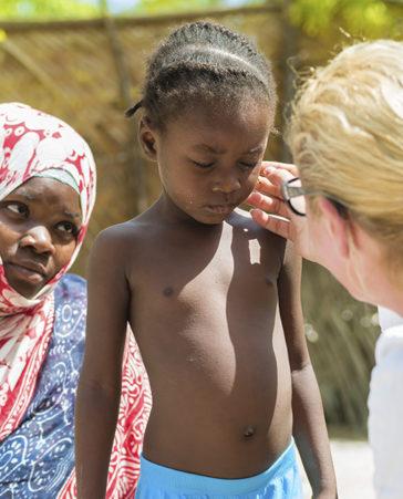Firma para erradicar la Malaria