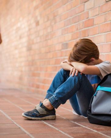 Firma para evitar el acoso escolar. Por Andrés