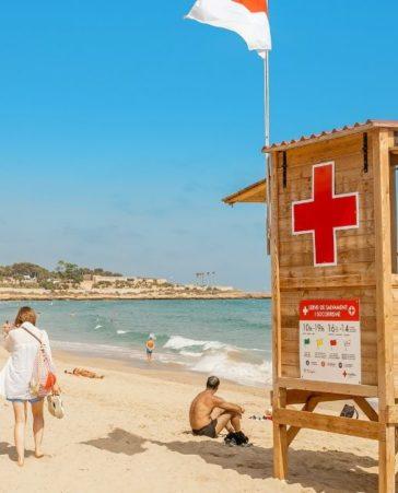 Firma por más seguridad en las playas