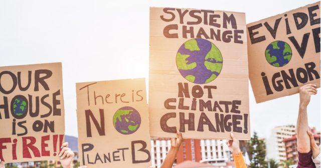Jóvenes movilizados por la lucha contra el cambio climático (i stock)