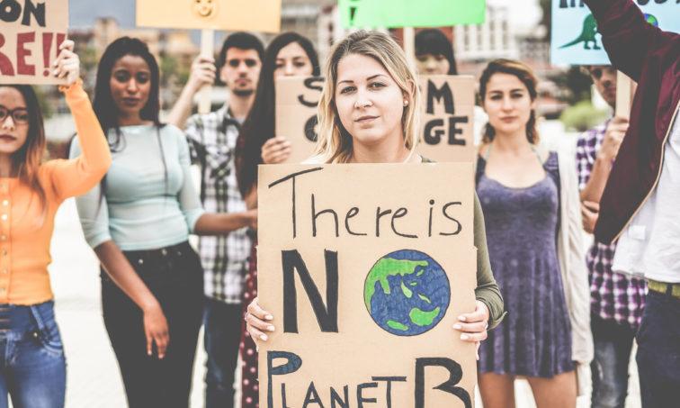 Firma por la lucha contra el cambio climático (istock)