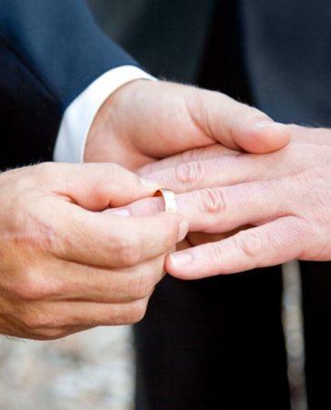 Firma para que la Iglesia apruebe el matrimonio homosexual