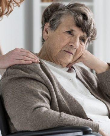 Petición por un cuidado digno de los ancianos en las residencias