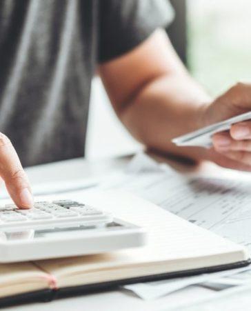 Firma para frenar la subida de impuestos